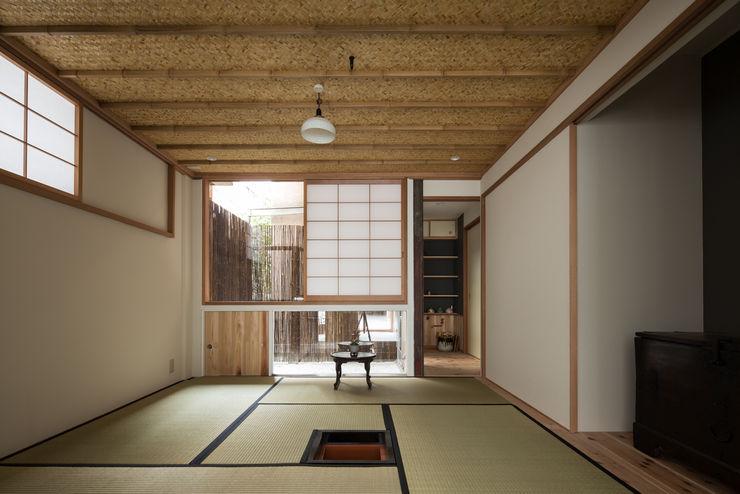 O-RENOVATION TOFU Modern houses