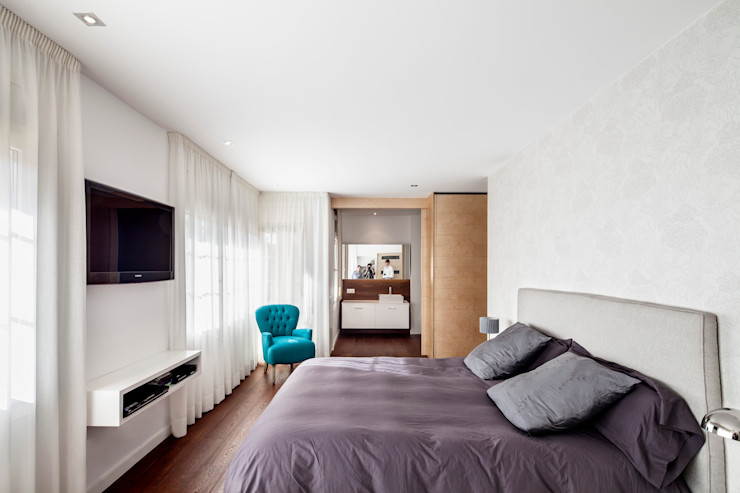 Alex Gasca, architects. Minimalist house