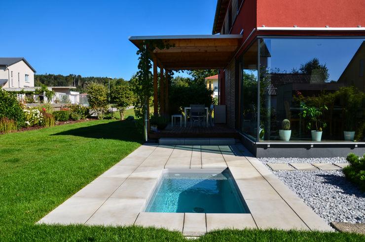 @wat - Minipool, Sauna-Tauchbecken für den Garten design@garten - Alfred Hart - Design Gartenhaus und Balkonschraenke aus Augsburg GartenSchwimmbecken und Teiche