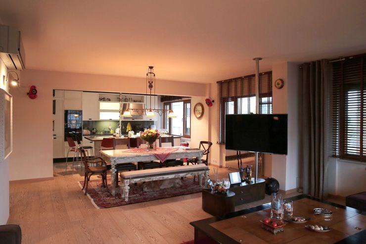Cadde Bostan Private Apartment Derun Architecture & Interior Design Ruang Keluarga Gaya Eklektik