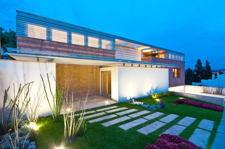 ARQUITECTURA EN PROCESO Casas de estilo moderno