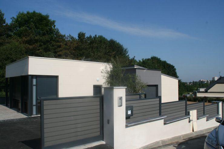 Zoom portail et muret EURL OLIVIER DUBOIS Jardin moderne