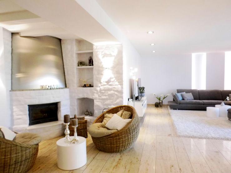 Kaminecke - nachher raum² - wir machen wohnen Moderne Wohnzimmer