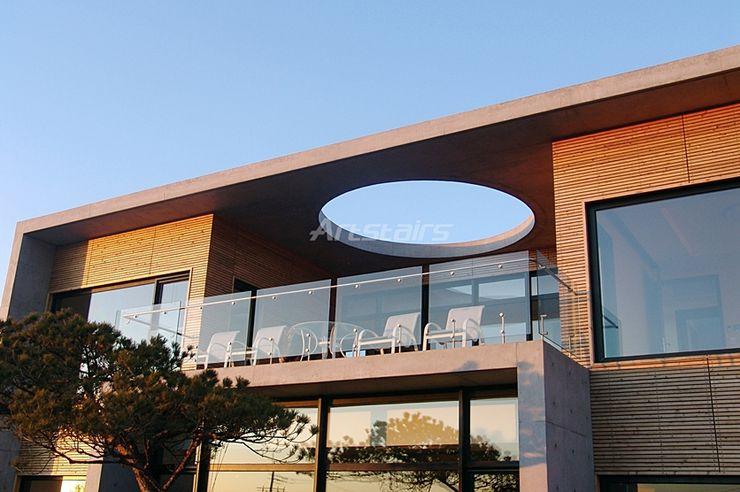 ARTSTAIRS Artstairs 복도, 현관 & 계단계단