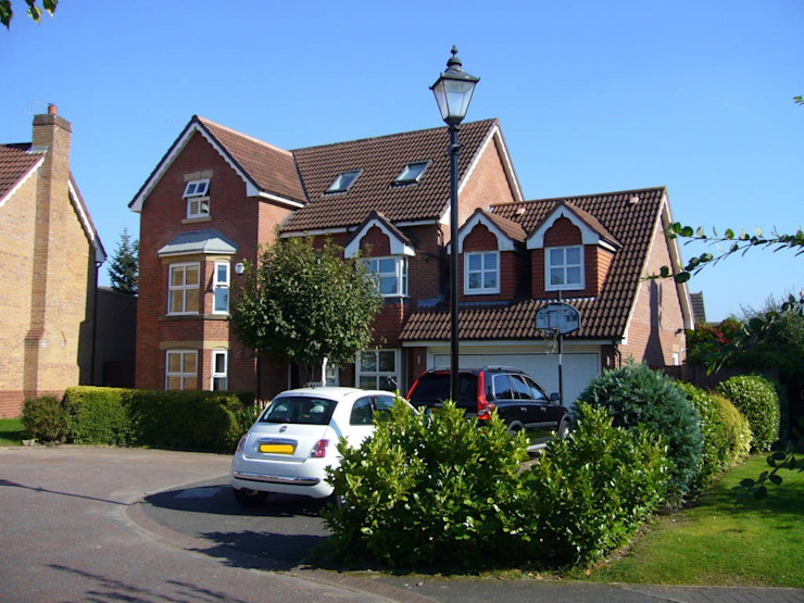 Streamside Close, Timperley, Altrincham Capra Architects Classic style houses
