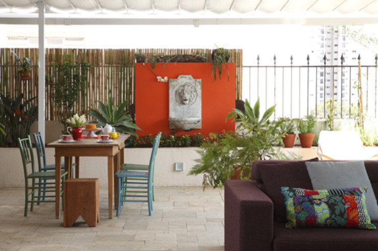 Lore Arquitetura Balcones y terrazas de estilo tropical