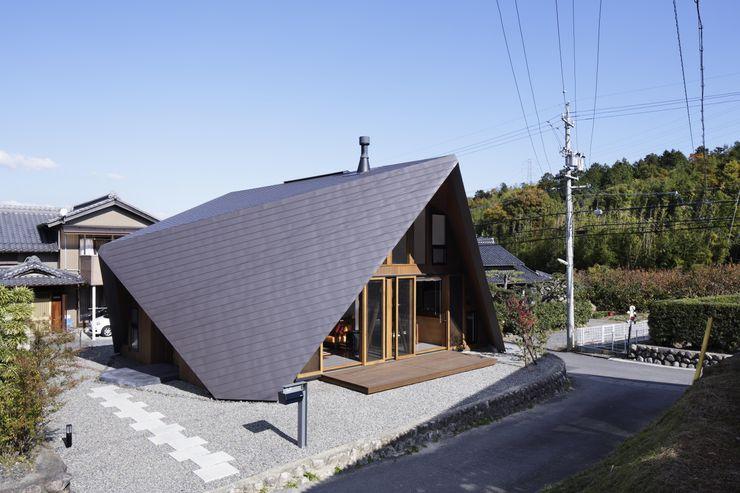 ORIGAMI TSC Architects モダンな 家