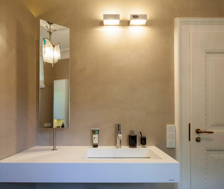 Einwandfrei - innovative Malerarbeiten oHG Phòng tắm phong cách hiện đại