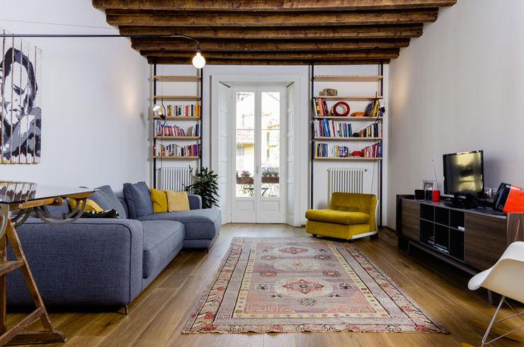 NOMADE ARCHITETTURA E INTERIOR DESIGN Living roomAccessories & decoration
