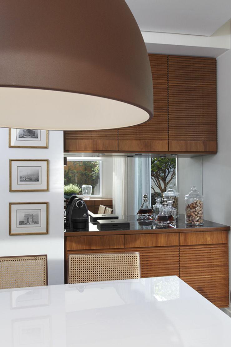 Lore Arquitetura Столовая комната в классическом стиле