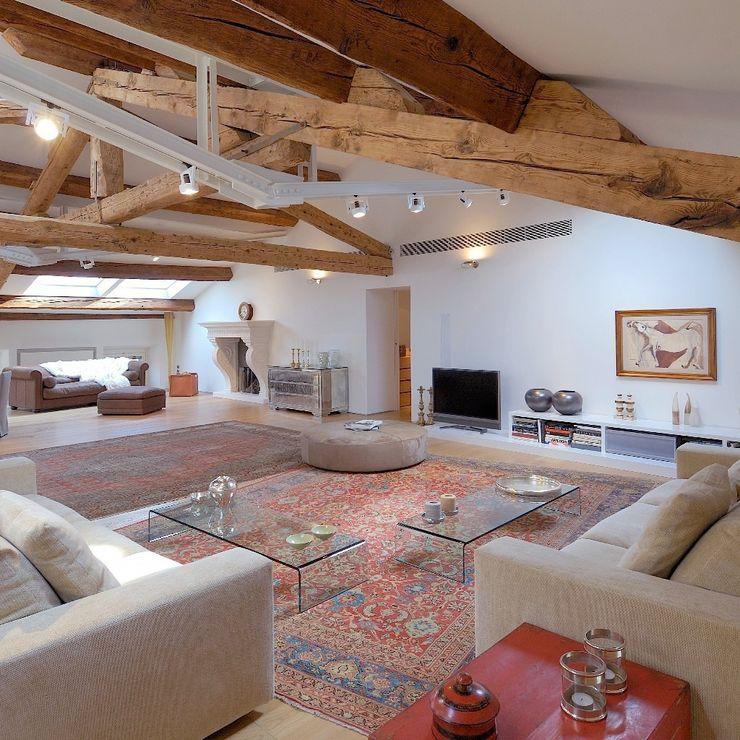 M A+D Menzo Architettura+Design Moderne Wohnzimmer