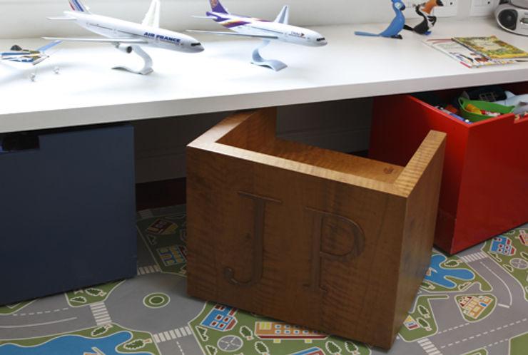Lore Arquitetura Детская комнатаПисьменные столы и стулья