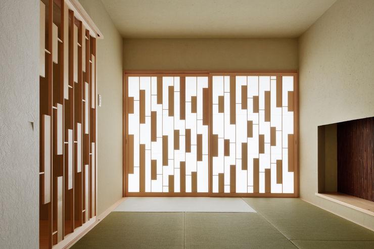 House of Representation Form / Koichi Kimura Architects Modern walls & floors