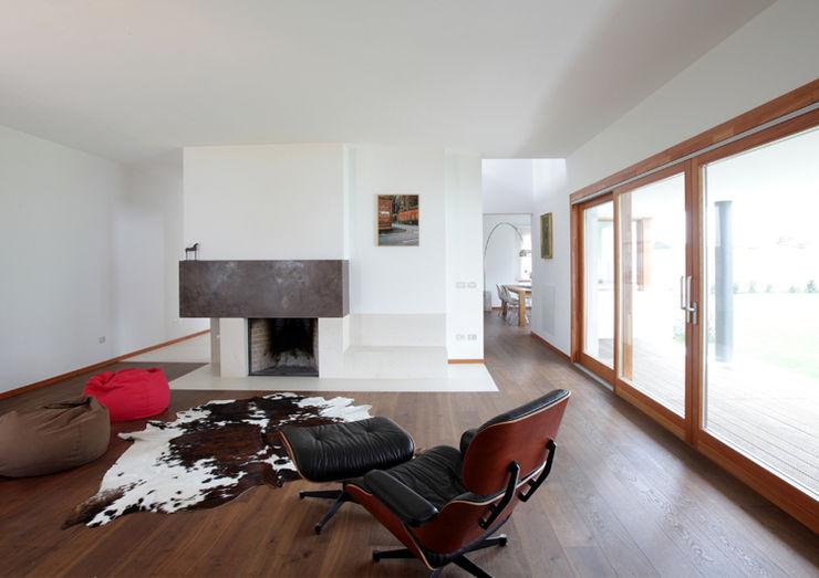 Alessandro Verona Studio Rumah Modern