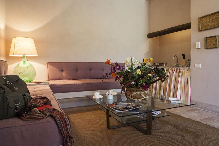 Lo studio di Giuliana Morelli Mediterranean style living room