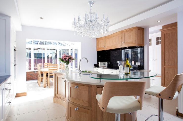 Twisted Kitchen Designer Kitchen by Morgan Kitchen