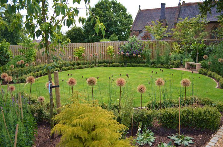 Traditional Garden Unique Landscapes Jardin rural