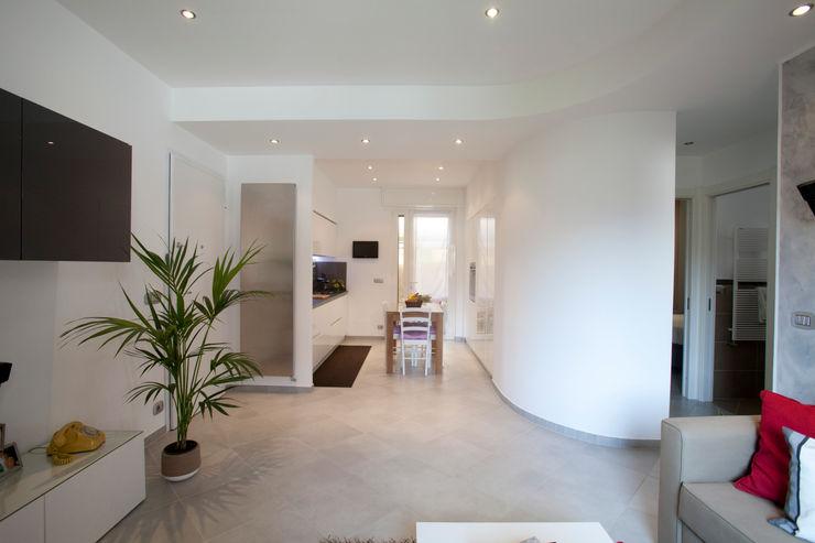 Studio_P - Luca Porcu Design Minimalist corridor, hallway & stairs
