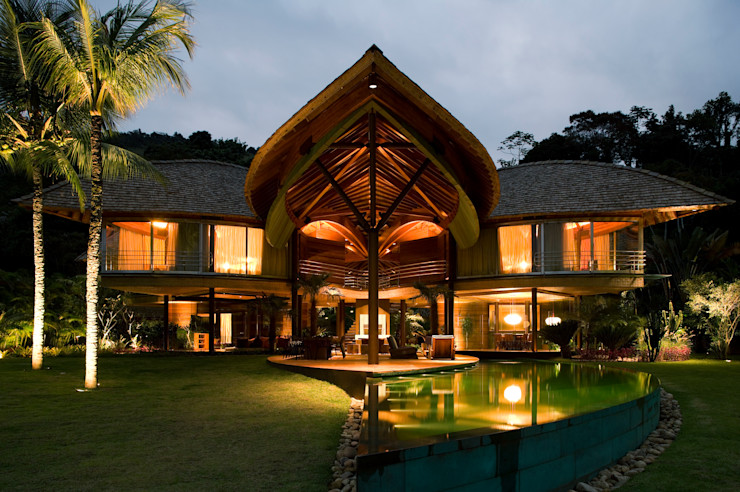 Mareines+Patalano Arquitetura Casas de estilo tropical