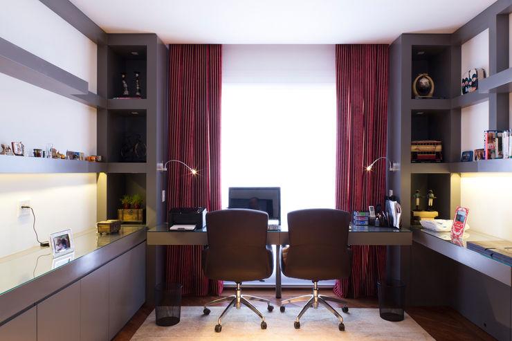 ArkDek Dormitorios de estilo ecléctico
