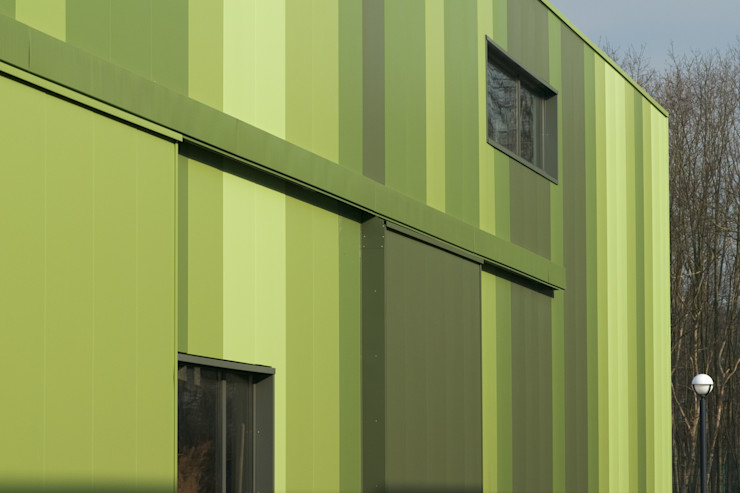 Green Unlimited – Office and Warehouse in Lampertheim-Hüttenfeld Helwig Haus und Raum Planungs GmbH Edifícios comerciais modernos