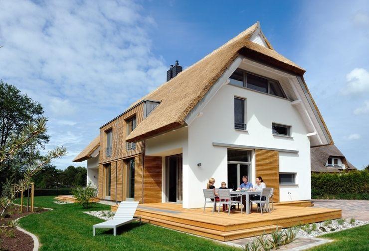 Achternhus Lübs und Brendel PartGmbB Moderne Häuser