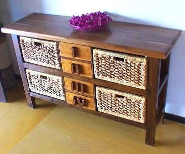 Cupboards and cabinets Uttara And Adwait Furniture Yatak OdasıElbise Dolabı & Komodinler