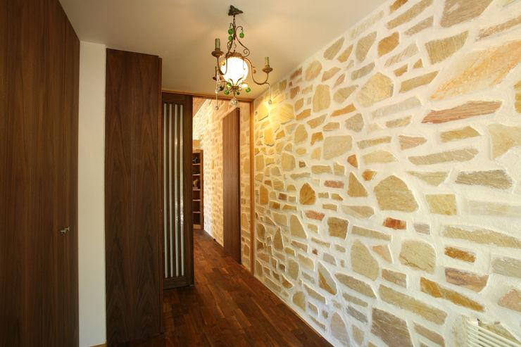 玄関 一級建築士事務所 アトリエ カムイ オリジナルスタイルの 玄関&廊下&階段