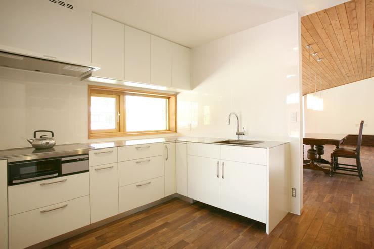 キッチン 一級建築士事務所 アトリエ カムイ オリジナルデザインの キッチン