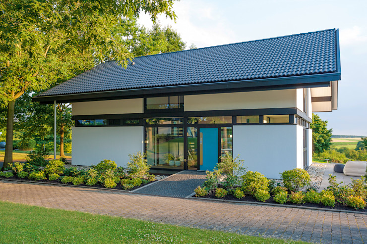 HUF HAUS GmbH u. Co. KG Modern Houses