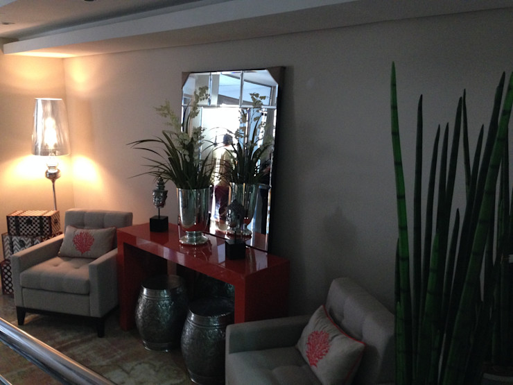 Aline Silva Arquitetura Eclectic style living room