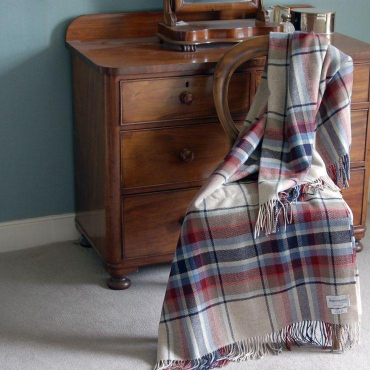 Gertrude check The Biggest Blanket Company HuishoudenTextiel