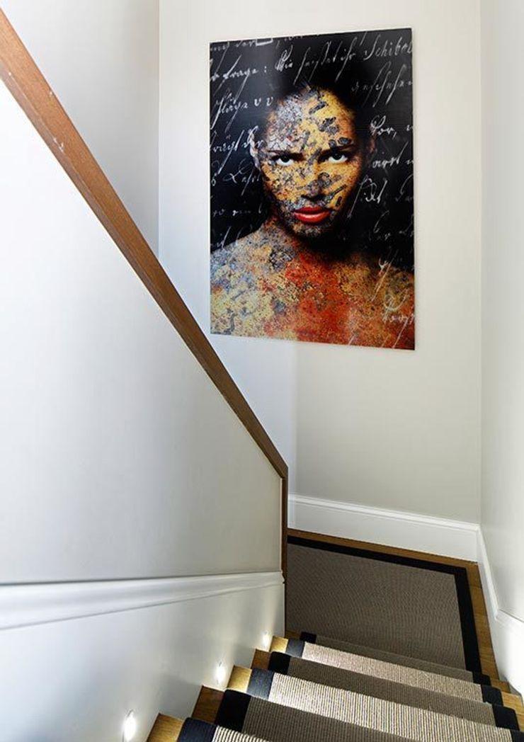 staircase Esra Kazmirci Mimarlik Modern walls & floors