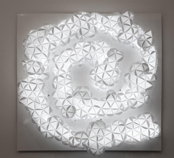 tableau spirale Atelier Anne-Pierre MALVAL Couloir, entrée, escaliersEclairage