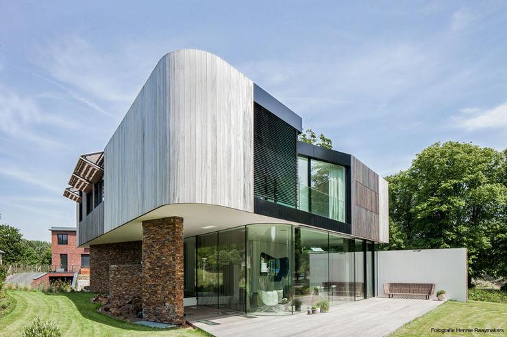 123DV Moderne Villa's Modern balcony, veranda & terrace