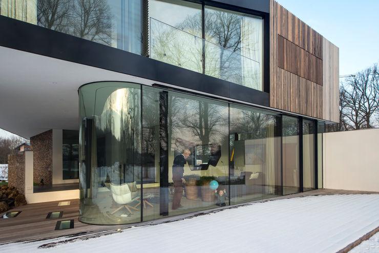 123DV Moderne Villa's Modern windows & doors