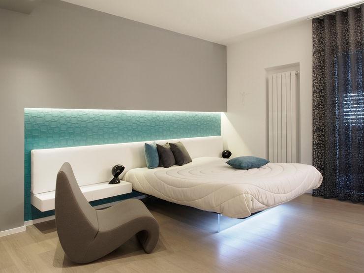 Casa BT Laboratorio di Progettazione Claudio Criscione Design Camera da letto moderna