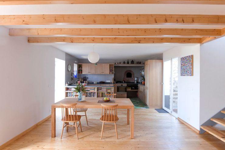 Quinta H   eco-renovation   Madeira Mayer & Selders Arquitectura Їдальня