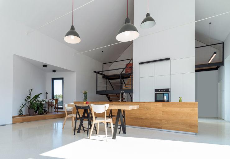 KROPKA STUDIO'S PROJECT Kropka Studio 現代廚房設計點子、靈感&圖片