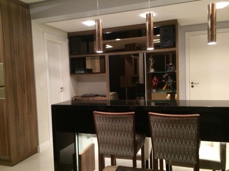 Aline Silva Arquitetura Eclectic style kitchen