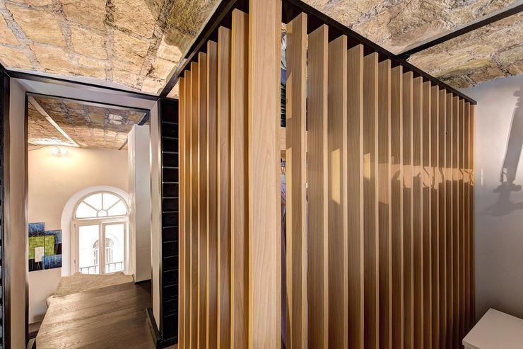 MACHIAVELLI MOB ARCHITECTS Spogliatoio in stile industriale