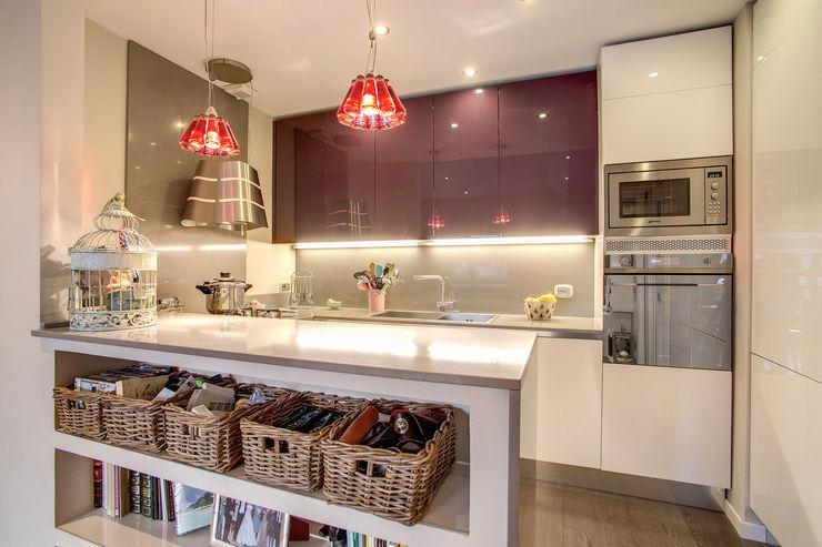 COVIELLO MOB ARCHITECTS Cucina moderna