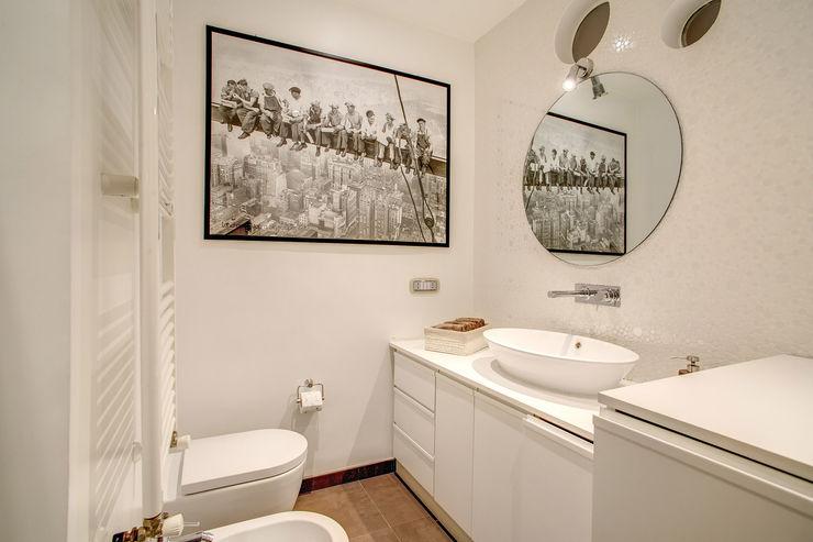 COVIELLO MOB ARCHITECTS Bagno moderno