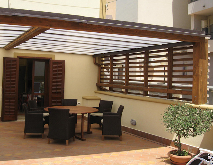 FZArch Modern balcony, veranda & terrace