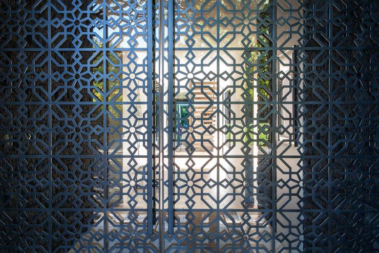 Godden Cres Dorrington Atcheson Architects Modern windows & doors