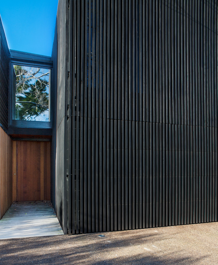 Marine Parade Dorrington Atcheson Architects Modern windows & doors
