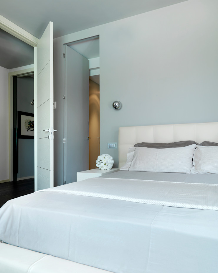 Studio d'Architettura MIRKO VARISCHI Modern style bedroom