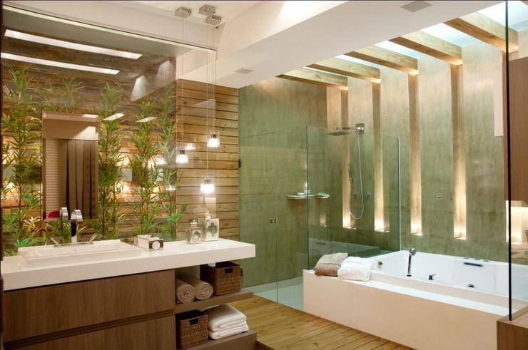 Cristine V. Angelo Boing e Fernanda Carlin da Silva Modern Bathroom