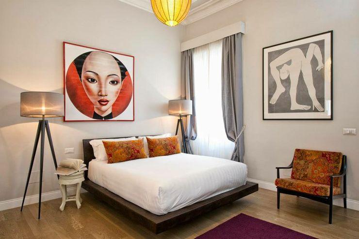 VOLTURNO MOB ARCHITECTS Camera da letto moderna