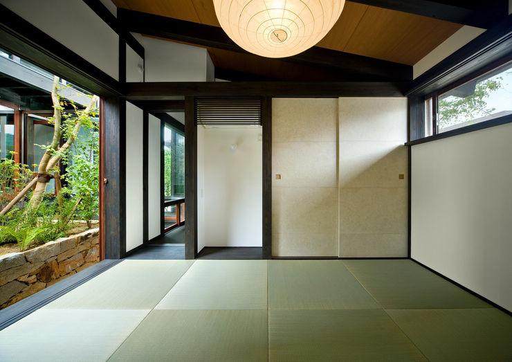 主寝室 石井智子/美建設計事務所 和風デザインの 多目的室